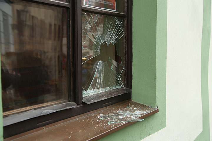 A2B Glass are able to board up broken windows while they are being repaired in North Finchley.